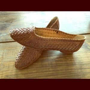 Shoes - Woven leather flats